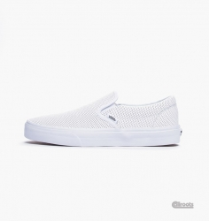 VXG8DJ7 U CLASSIC SLIP ON PERF LEATHER